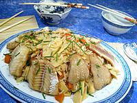 sauce tamari : Assiette de colin aux pousses de bambou