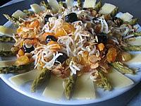 Image : Plat de salade de soja aux abricots