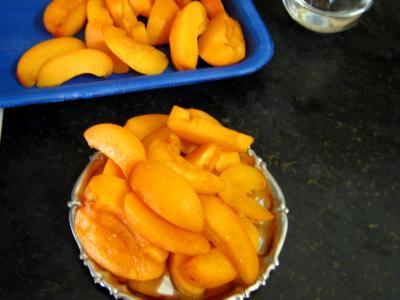 Abricots au fromage blanc et au floc de Gascogne - 1.3