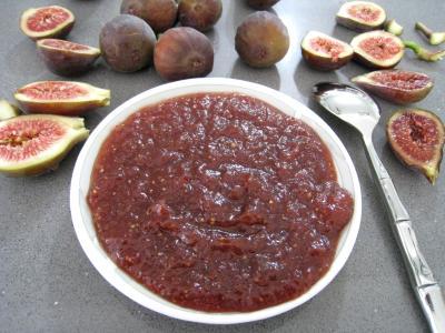 conserve au vinaigre : Coupelle de chutney de figues aux épices