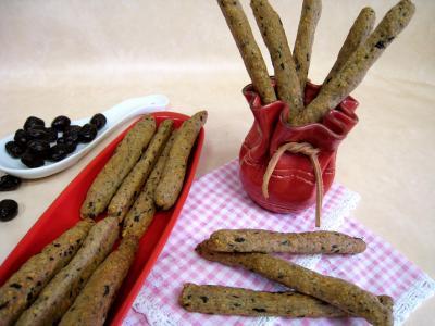 Olive : Gressins aux olives et à l'emmental
