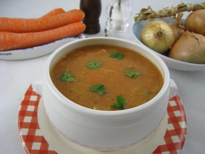 chou blanc : Bol de velouté de tomates et de chou