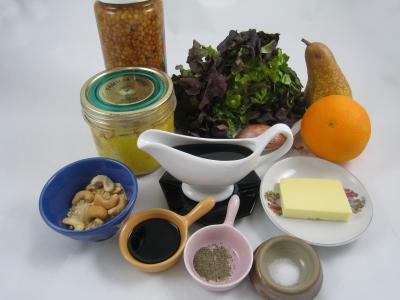 Ingrédients pour la recette : Foie gras aux lentilles et au vinaigre balsamique