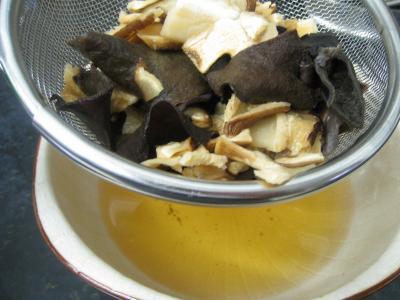 Boudins blancs aux champignons noirs et aux chiitakes - 3.3