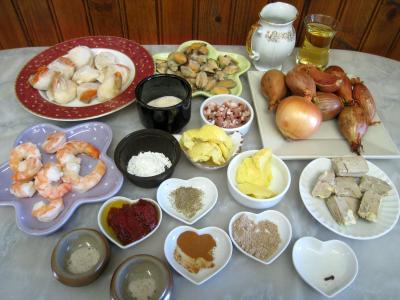 Ingrédients pour la recette : Saint-Jacques à la confiture d'échalotes et au foie gras