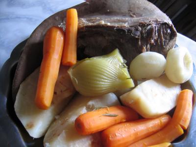 Recette Assiette de langue de boeuf en pot au feu