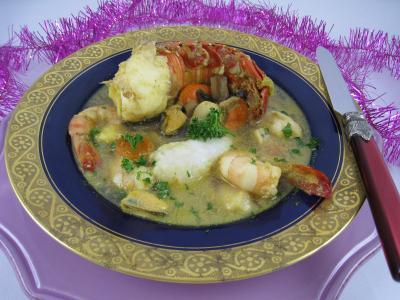 Assiette de crustacés et de lotte