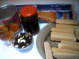 Ingrédients pour la recette : Galette des rois aux abricots