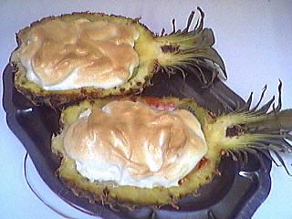 Image : Ananas farci et meringué