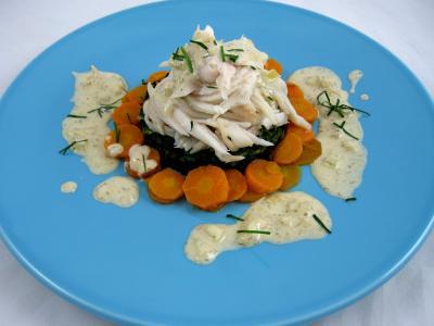 Au micro-ondes : Assiette d'ailes de raie aux carottes et aux bettes