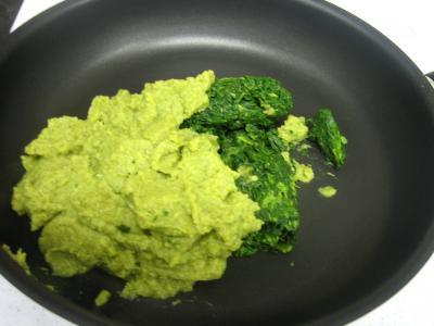 Cassolettes d'oeufs aux restes de purée de brocolis - 1.1