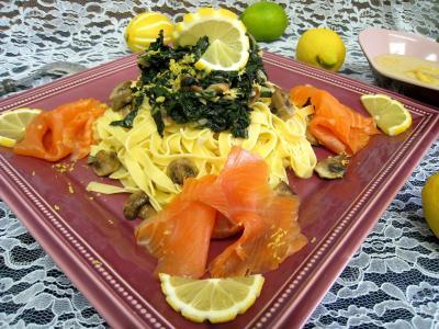 Photo : Assiette de tagliatelles au citron et truite fumée