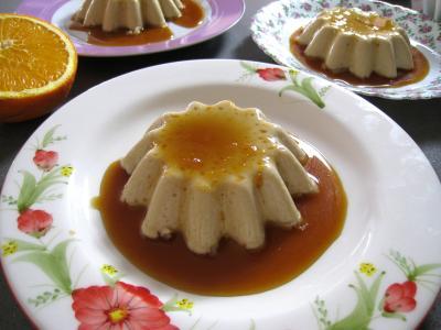 Recette Panna cotta vanille et sauce caramel à l'orange