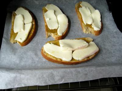 Croûtes à la mozzarella et aux oignons - 4.1