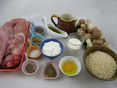 Ingrédients pour la recette : Lapin au yaourt à la grecque