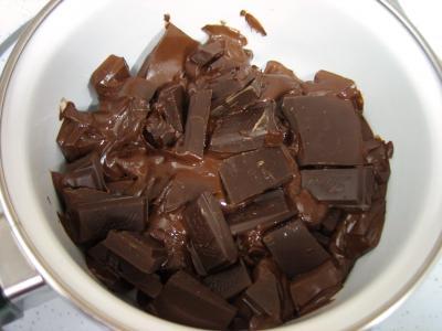 Gâteau au chocolat et son coulis de melon et pêches - 3.3