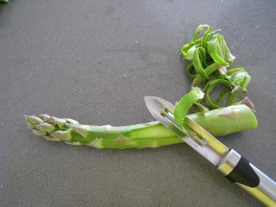 Sauté d'asperges aux oignons et poivron - 3.4