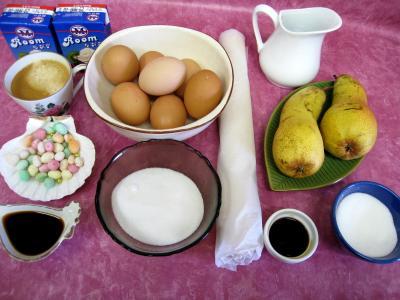 Ingrédients pour la recette : Tarte pascale au café et son coulis de poires