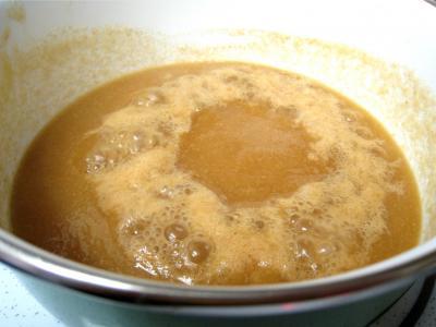 Tarte pascale au café et son coulis de poires - 9.3