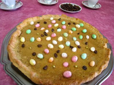 Image : Assiette de tarte pascale au café