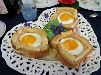 Cuisine suisse : Tartines à l'oeuf et au gruyère