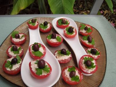 Recette Assiette de tomates cerises apéritives