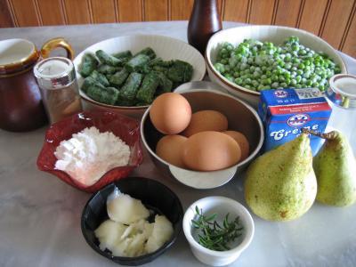 Ingrédients pour la recette : Clafoutis aux petits pois et aux poires