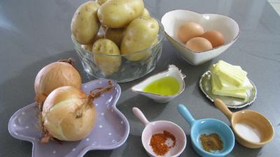 Ingrédients pour la recette : Criques à la lyonnaise