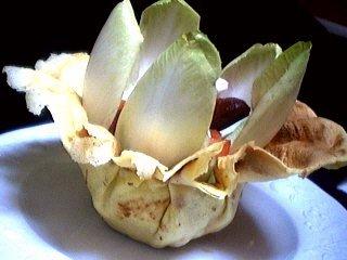 Sauce mayonnaise au roquefort : Aumônière de crêpe aux endives