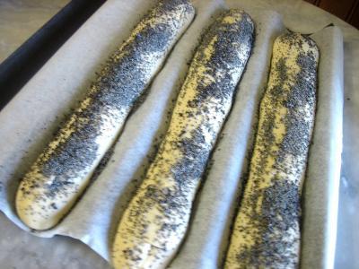 Baguettes de pain en direct aux graines de pavot - 9.2