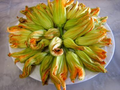 Beignets de fleurs de courgettes et aubergines - 10.2