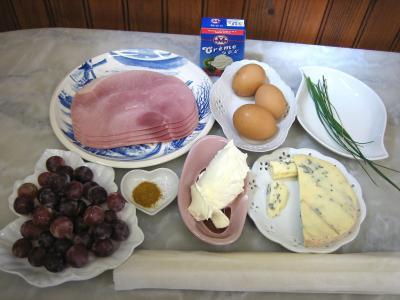 Ingrédients pour la recette : Tarte au jambon à la fourme d'Ambert au parfum d'Auvergne