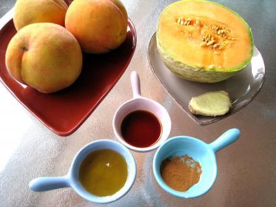 Ingrédients pour la recette : Boisson pêches et melon au gingembre