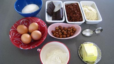 Ingrédients pour la recette : Gâteau basque au chocolat (Oihana beltza)