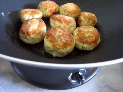 Boulettes de volaille, sauce au fromage blanc - 8.2