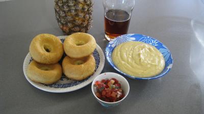 Ingrédients pour la recette : Baba à l'ananas