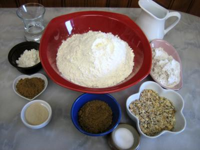 Ingrédients pour la recette : Pain aux céréales