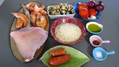 Ingrédients pour la recette : Riz, crevettes, moules et raie à la portugaise