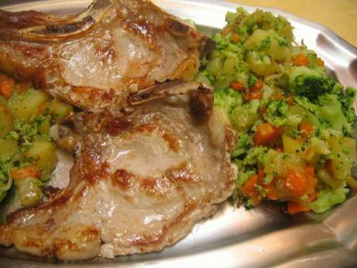 Image : Assiette de côtes de veau sautées aux légumes
