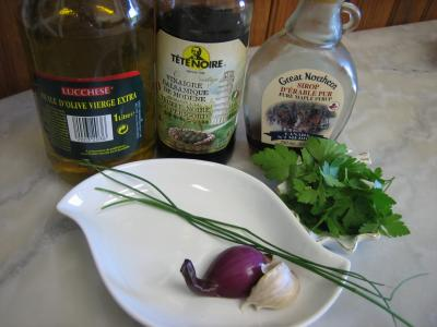 Ingrédients pour la recette : Vinaigrette au sirop d'érable
