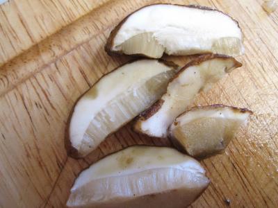 Cassolette aux oignons et aux cèpes - 3.1