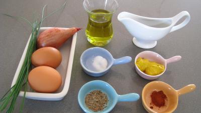 Ingrédients pour la recette : Sauce aux oeufs durs