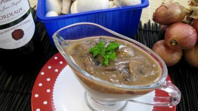 sauce aux échalotes : Sauce aux échalotes au vin