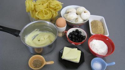 Ingrédients pour la recette : Croquettes de tagliatelles aux champignons