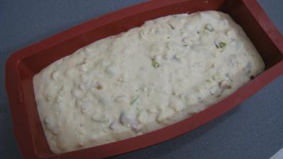 Cake aux pignons et aux poireaux - 7.4
