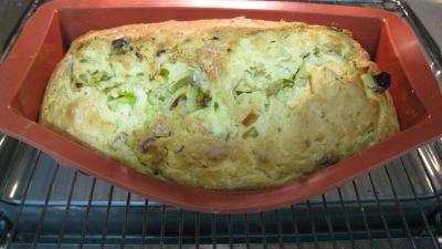 Cake aux pignons et aux poireaux - 8.2