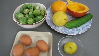 Ingrédients pour la recette : Salade de potiron et choux de Bruxelles