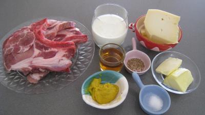 """Ingrédients pour la recette : Côtes de porc """"Avesnoise"""" du Nord"""