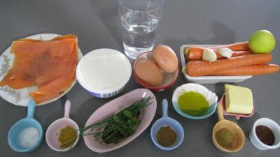 Ingrédients pour la recette : Verrines de mascarpone à la truite fumée