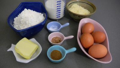 Ingrédients pour la recette : Matafan ou Matefaim savoyard